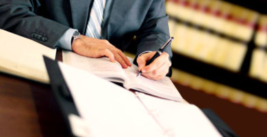 col·laboració jurídica
